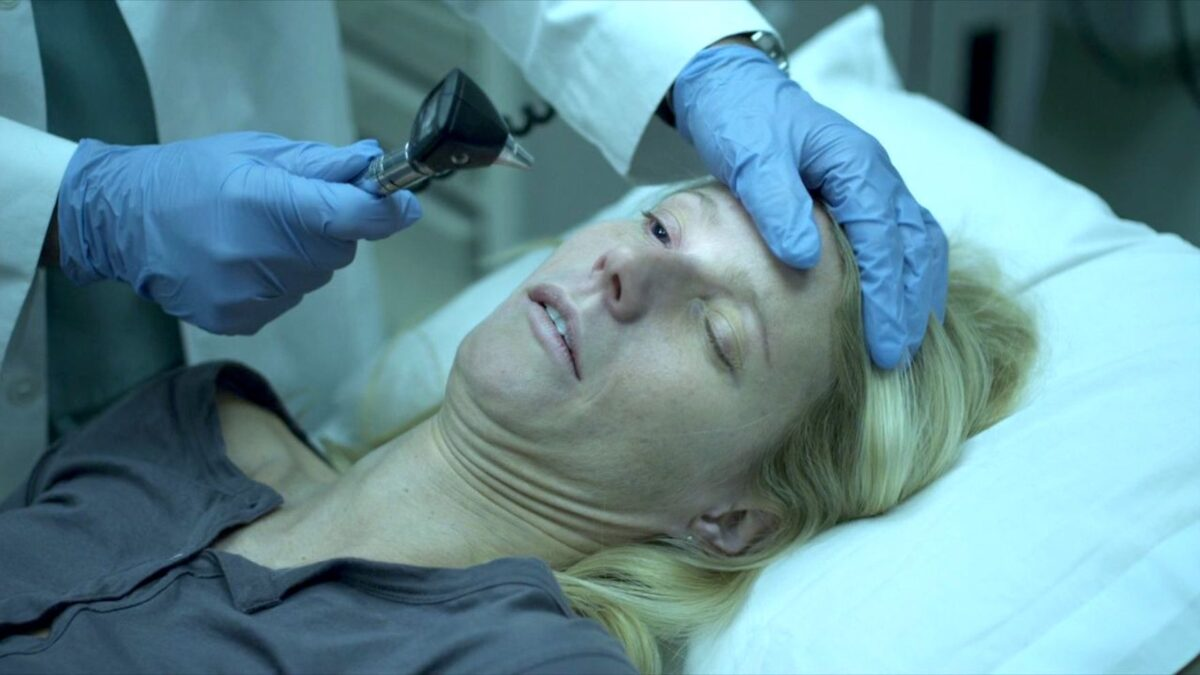 Contagion with Gwenyth Paltrow