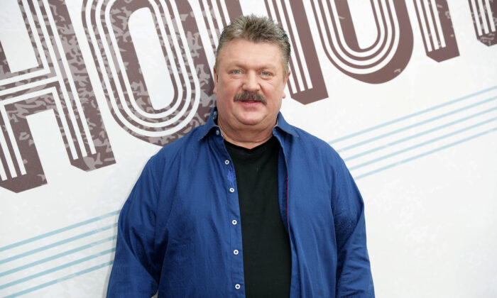 Joe Diffie arrives at the 12th Annual ACM Honors at the Ryman Auditorium in Nashville, Tenn., on Aug. 22, 2018. (Al Wagner/Invision/AP)