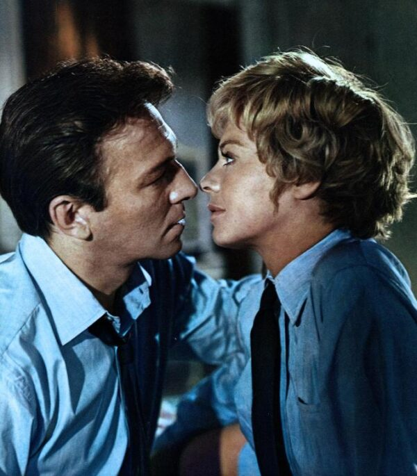 Christopher Plummer and Susannah York in Battle of Britain