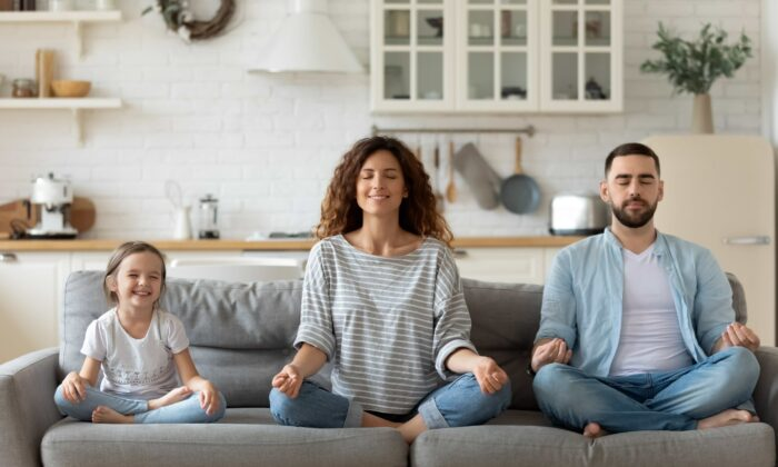 Self-isolation got you anxious? Try forming new mental habits that will last a lifetime.  (fizkes/Shutterstock)