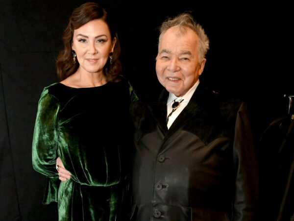 Fiona Whelan (L) and John Prine