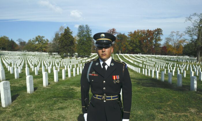 Member of U.S. military honor guard at Arlington National Cemetery in Arlington, Virginia, on Nov. 11, 2016. (YURI GRIPAS/AFP via Getty Images)
