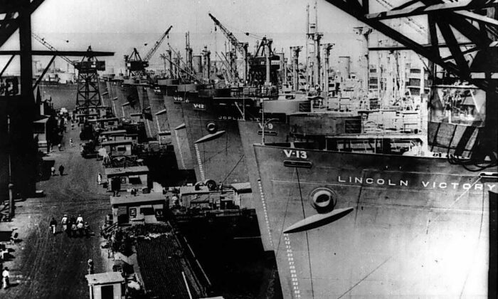 Victory ships being fitted out at the Calship yard, Wilmington, Calif., between April 27 and May 30, 1944. (Public Domain)
