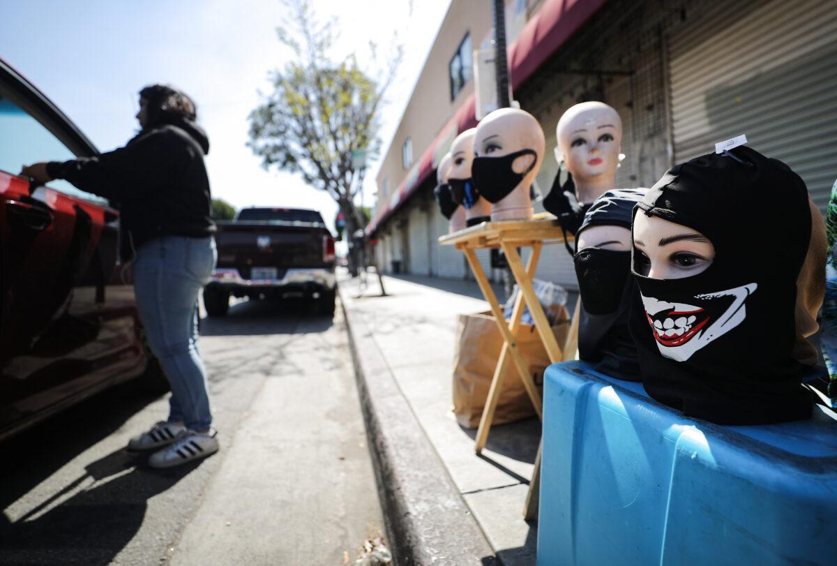 Coronavirus Impact: Should the general public wear masks?