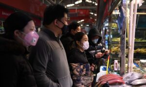 Food Supplies in China Under Scrutiny as Panic-Buying Abrupts Across Country