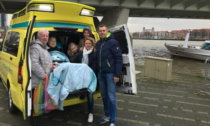 (Photo courtesy of Stichting Ambulance Wens Nederland)