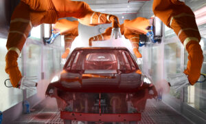 China's Vehicle Production to Drop 11.5 Percent This Year: IHS Markit