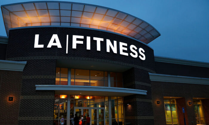 Some gyms, like LA Fitness, have paused all billing and waived all freeze fees. (Kevin C. Cox/Getty Images)