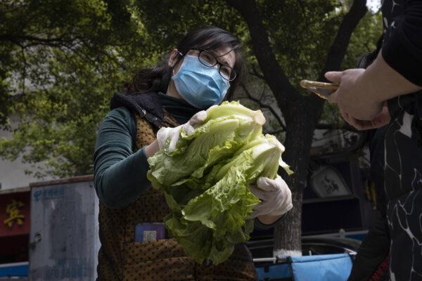 China-Virus-Outbreak-Farmers