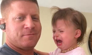 Clever Dad Stops Daughter's Crying With Reverse Psychology Trick, and the Video Is Hilarious