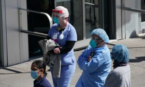 NY Nurses Union Sues Health Department, Hospitals Over CCP Virus Working Conditions