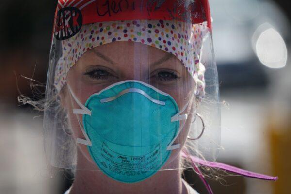 US-HEALTH-VIRUS-NURSES