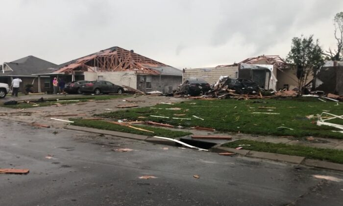 Destroyed homes in the wake of a tornado that ripped through Monroe, La., on April 12, 2020. (Courtesy of @gift_of_fofo/Twitter)