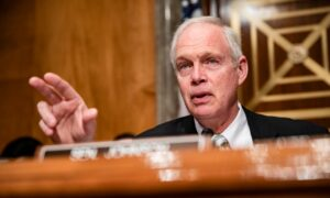 Senate Committee to Investigate Origins of Outbreak, WHO's Handling of Crisis