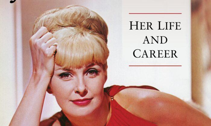 Peter Shelley's biography on Joanne Woodward. (Photofest)