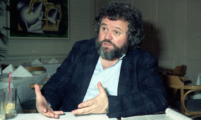 Director of photography Allen Daviau speaking during an interview in Los Angeles, in 1990. (Julie Markes/File/AP Photo)