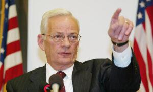 Former US Treasury Secretary and Iraq War Critic Paul O'Neill Dies at 84