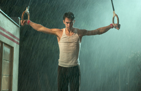 """What if your dreams are suddenly shattered? Scott Mechlowicz in """"Peaceful Warrior."""" (Lionsgate / Universal Pictures)"""