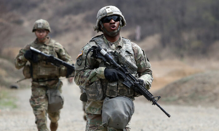 U.S. soldiers from 2nd Infantry Division at the Rodriguez Range in Pocheon, South Korea, on April 16, 2019. (Chung Sung-Jun/Getty Images)