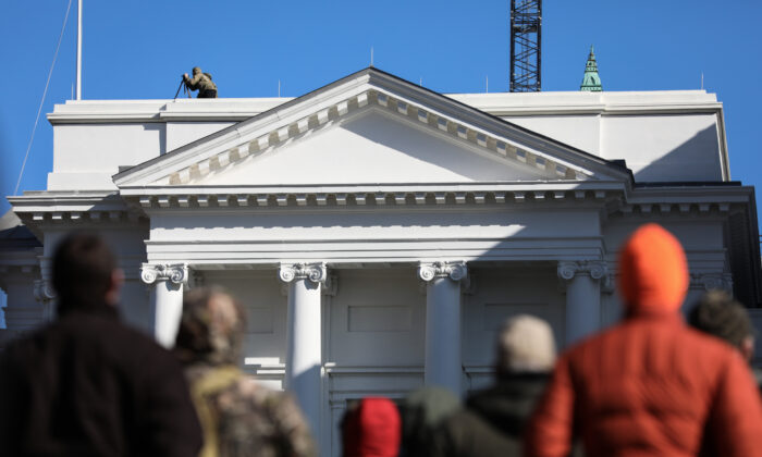 Gun rights advocates take part in a rally at the Virginia State Capitol in Richmond on Jan. 20, 2020. (Samira Bouaou/The Epoch Times)