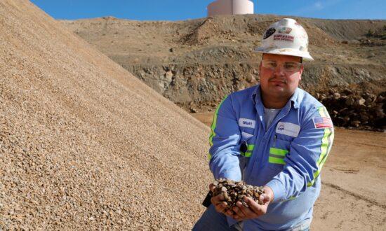'Mine-to-Magnet' Rare Earth Processor Opens in Colorado