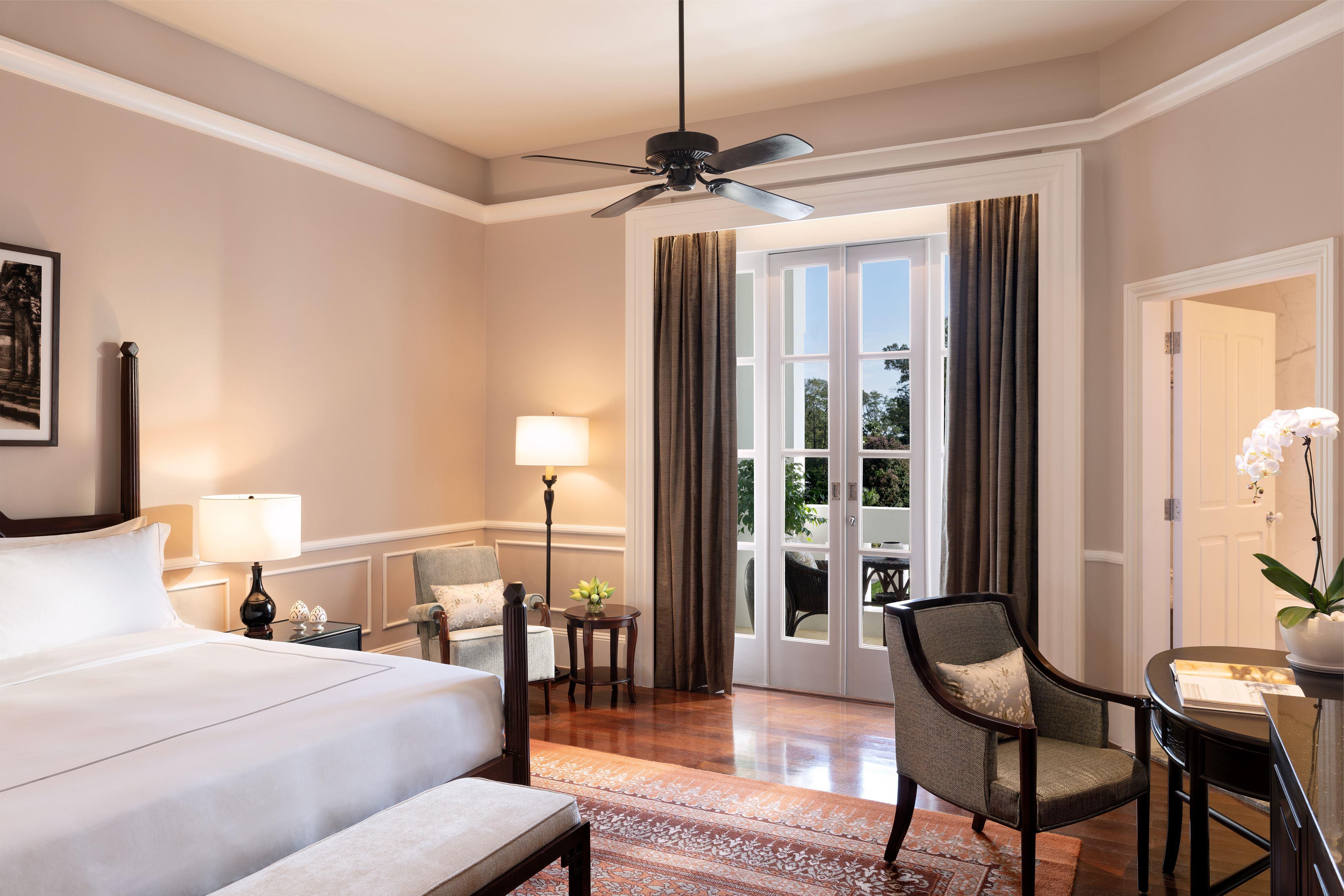 Raffles_Landmark Room King