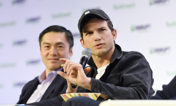 (L-R) Sequoia Partner Capital Alfred Lin and Sound Ventures Co-Founder Ashton Kutcher speak onstage during TechCrunch Disrupt San Francisco 2019 at Moscone Convention Center on October 04, 2019 in San Francisco, Calif. (Steve Jennings/Getty Images for TechCrunch)