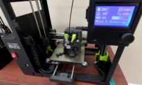 Volunteers Use 3D Printers to Make Personal Protective Equipment During Pandemic