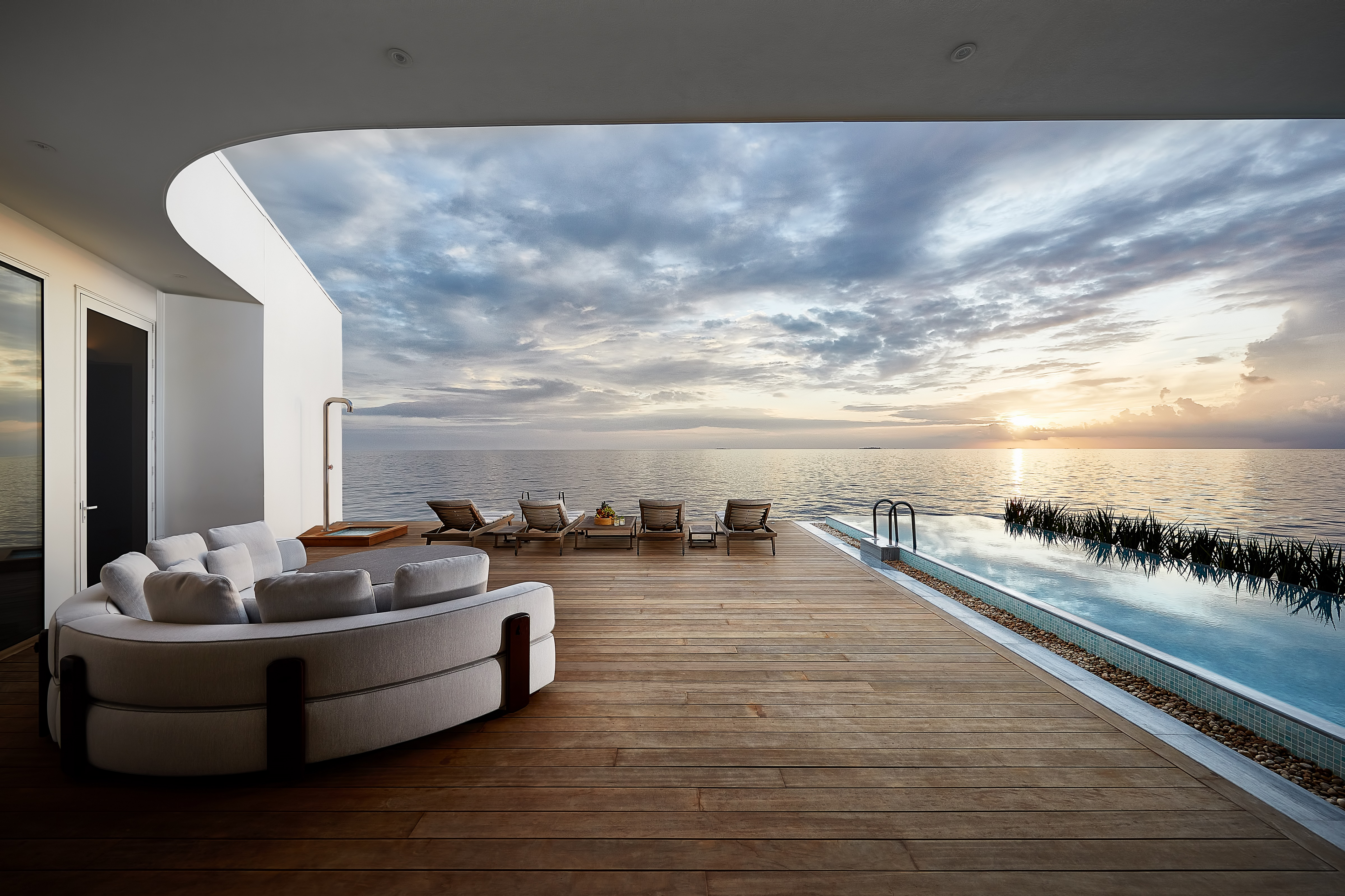 THE MURAKA_HERO_Overwater Deck View Lounge_Architecture_Credt Justin Nicholas