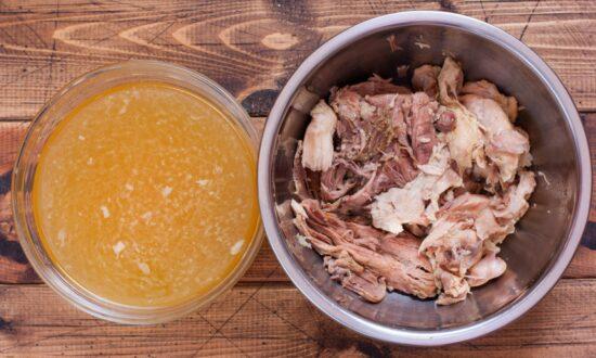 Slow Cooker Turkey Broth
