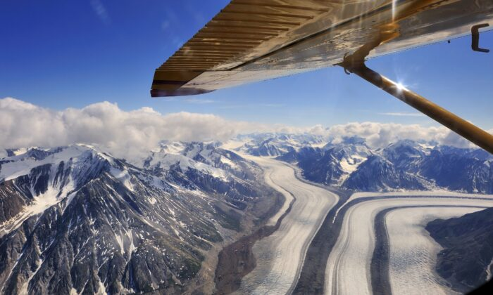 An aerial view of Kluane National Park in northern Yukon Territory, Canada. (Copyright Hans-Gerhard Pfaff)