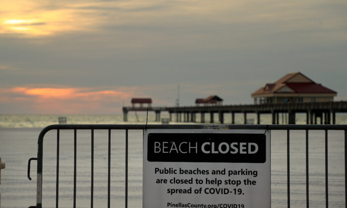 Clearwater Beach remains closed  in Clearwater, Florida on April 22, 2020. (Mike Ehrmann/Getty Images)