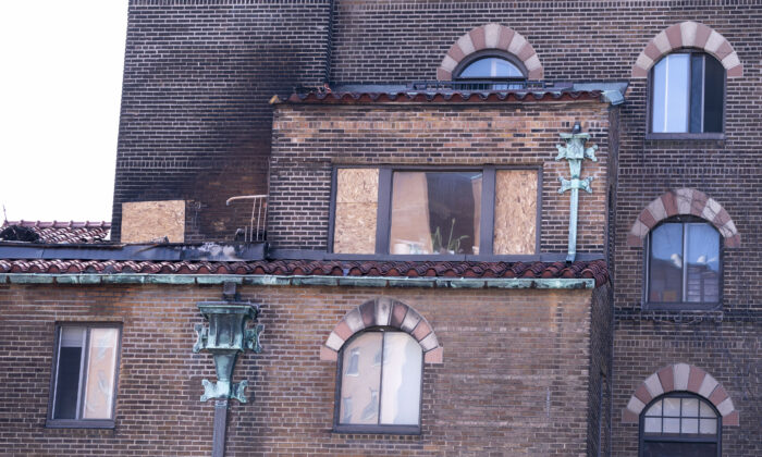 The apartment building where Margaret Sinclair Trudeau lives is seen following an overnight fire in Montreal, on Tuesday, April 28, 2020. The mother of Prime Minister Justin Trudeau was taken to hospital. (Paul Chiasson/The Canadian Press)