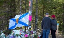 Nova Scotia Sets up Help Lines for Citizens Struggling Amid Mass Shooting, Pandemic