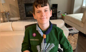 Boy Scout Uses 3D Printer to Make Mask 'Ear Guards' for Hospital Staff in Need on Front Lines