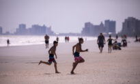 Beachgoers Urged to Get Tested for CCP Virus as South Carolina Sees Surge in New Cases