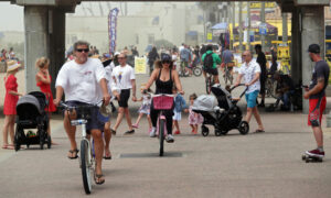 Newsom Orders Closure of Orange County Beaches