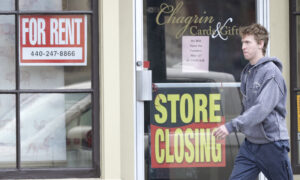 America's GDP Suffers Record Collapse, Jobless Claims Point to Stalling Recovery
