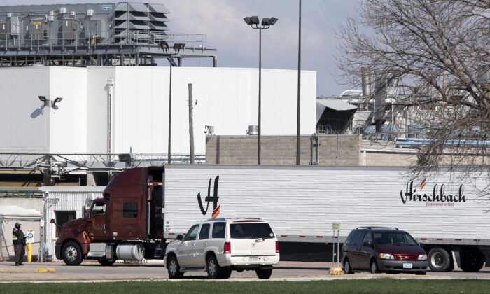 A truck enters the Tyson Fresh Meats' beef processing  complex in Dakota City, Neb. on April 29, 2020. (Tim Hynds/Sioux City Journal/AP)