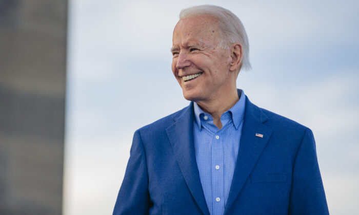 Democratic Presidential Candidate former Vice President Joe Biden speaks to a full crowd during the Joe Biden Campaign Rally at the National World War I Museum and Memorial in Kansas City, Mo., on March 7, 2020. (Kyle Rivas/Getty Images)