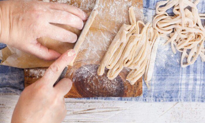 Learn how to make handmade pasta from an Italian grandmother. (Casanisa/Shutterstock)