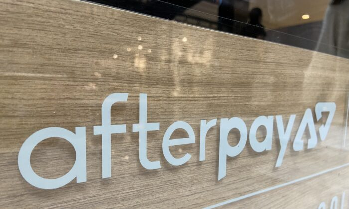 An Afterpay sign at a retail outlet at a Westfields shopping center in Sydney, Australia, on May 5, 2020. (Daniel Teng/The Epoch Times)