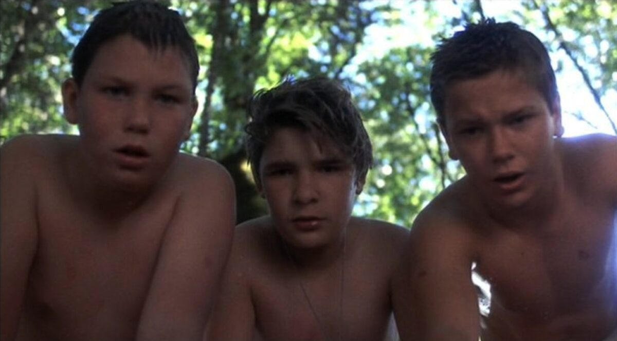 """three naked boys go swimming in """"Stand By Me"""""""
