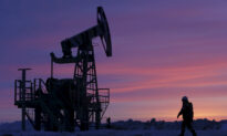 Oil Prices Extend Gains on Demand Hopes as Lockdowns Ease