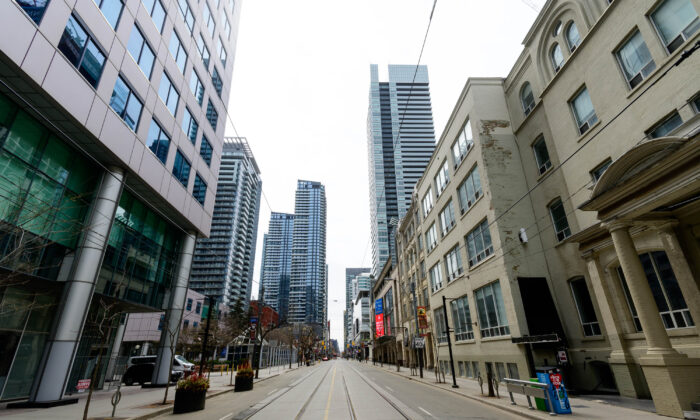 King Street West, a major commercial and entertainment district in Canada's largest city, has been hit hard by the COVID-19 pandemic, in Toronto on April 23, 2020. (Emma McIntyre/Getty Images)