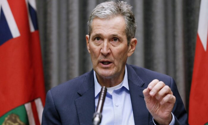 Manitoba Premier Brian Pallister speaks during a COVID-19 press conference at the legislature in Winnipeg on March 26, 2020. (The Canadian Press/John Woods)