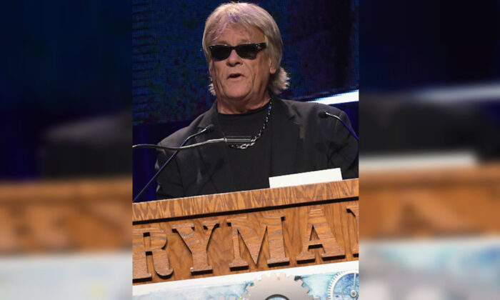 Brian Howe of Bad Company presents the award for Comedy Tour of the Year at the 26th Annual Pollstar Awards at Ryman Auditorium in Nashville, Tenn., on Feb. 21, 2015. (Rick Diamond/Getty Images for Pollstar)