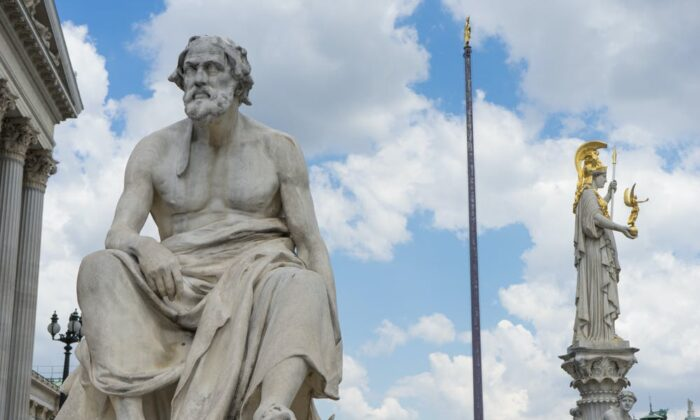 A statue of the ancient Greek historian Thucydides outside the Austrian parliament in Vienna. (sianstock / Shutterstock)