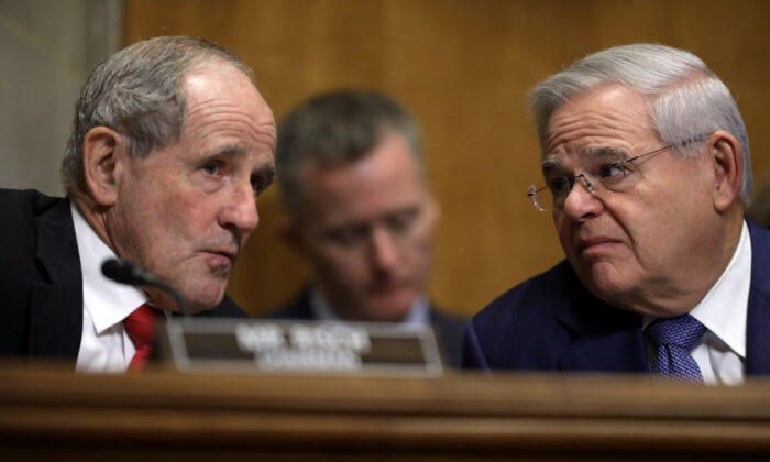 Senate Foreign Relations Committee Chairman James Risch (R-ID) (L) and ranking member Sen. Robert Menendez (D-NJ) talk during a hearing on Capitol Hill December 03, 2019 in Washington, DC.  (Chip Somodevilla/Getty Images)
