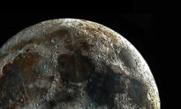 Astrophotographer Captures 'World's Clearest Picture' of the Moon's Craters
